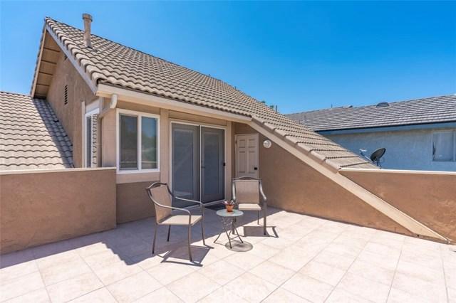26 N Slope Lane, Phillips Ranch CA: http://media.crmls.org/medias/845c86fd-c452-4ef7-ba90-dfa20cdf314e.jpg