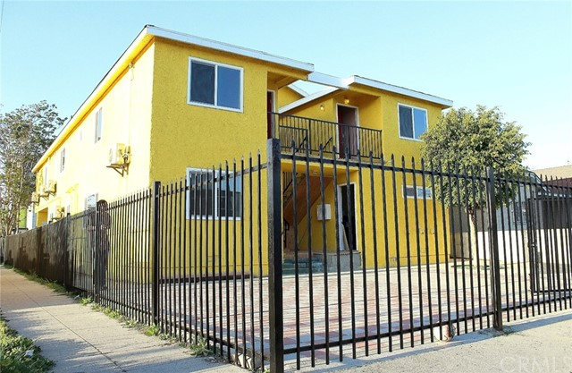 Triplex for Rent at 1299 37th Drive Unit 3 1299 W 37th Drive Los Angeles, California 90007 United States