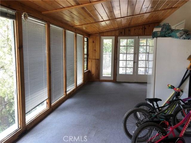 9651 Marmot Way, Kelseyville CA: http://media.crmls.org/medias/8476c207-cad7-4d04-8147-434832b5b66f.jpg