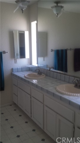 Additional photo for property listing at 6536  Outpost Road 6536  Outpost Road Oak Hills, California 92344 United States