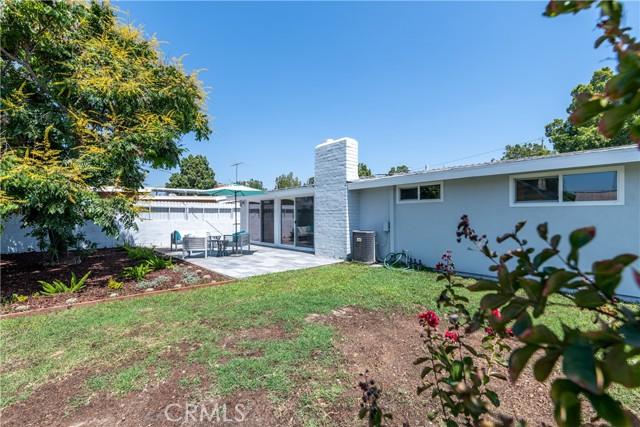 13017 Clearwood Avenue, La Mirada CA: http://media.crmls.org/medias/8489b5b3-4561-42a5-89e6-3bee2a98d345.jpg