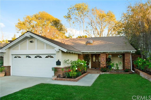 Single Family Home for Sale at 1884 Parkview St Costa Mesa, California 92627 United States
