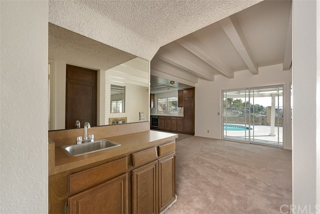 601 Cameron Crest Drive, Diamond Bar CA: http://media.crmls.org/medias/848ca404-3e78-4d21-b4a2-b9021a323c57.jpg