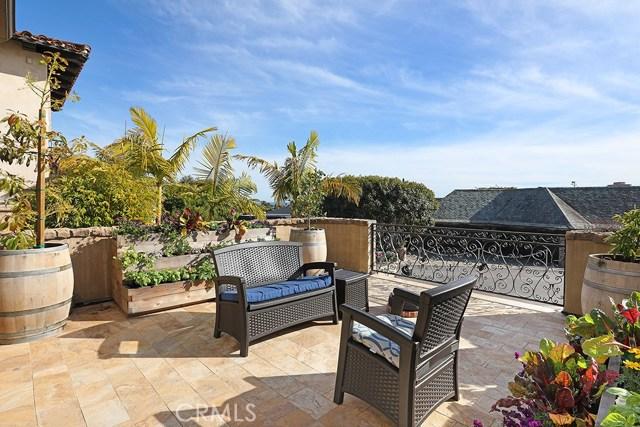 Single Family Home for Sale at 441 Isabella Terrace Corona Del Mar, California 92625 United States