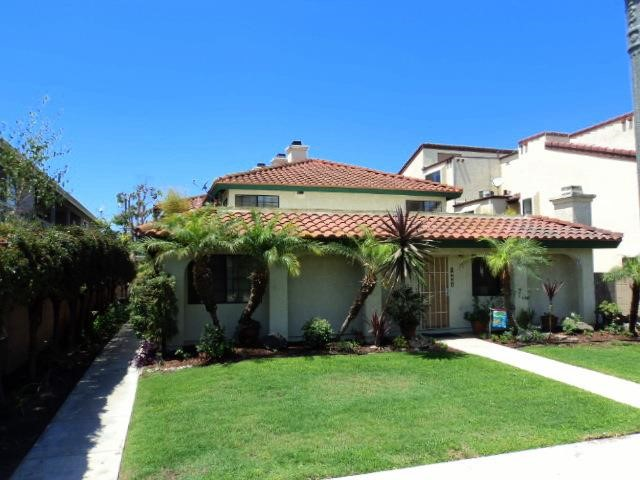 Single Family for Rent at 10687 Walnut Los Alamitos, California 90720 United States