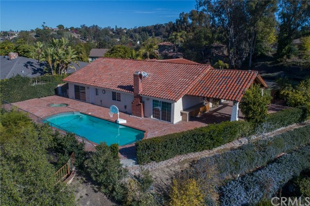 24842 Red Lodge Place, Laguna Hills CA: http://media.crmls.org/medias/84acb6fb-c180-4827-acc0-10df2cf92273.jpg