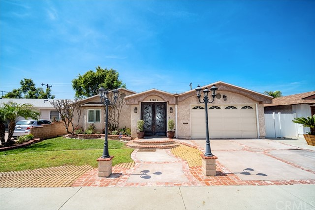 Detail Gallery Image 1 of 18 For 11615 Groveside Ave, Whittier,  CA 90604 - 3 Beds | 2 Baths