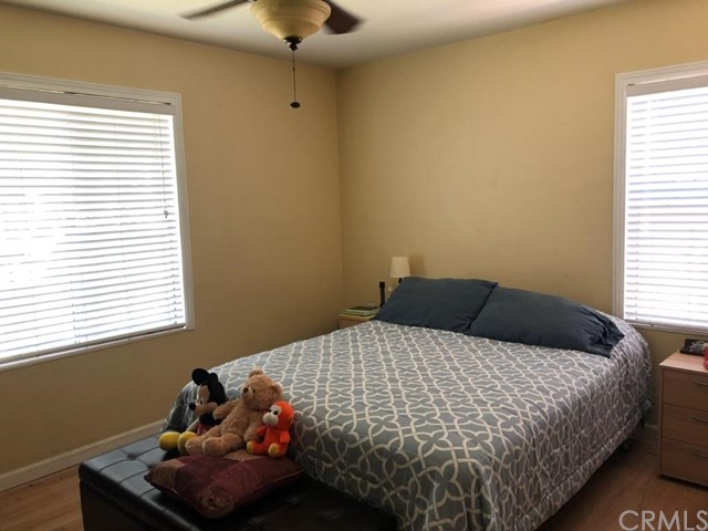 2105 S Maple, Santa Ana CA: http://media.crmls.org/medias/84bbc1b8-433d-4c30-9842-5fcadbc8862d.jpg