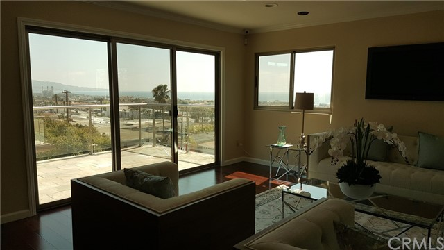 902 17th St, Hermosa Beach, CA 90254 photo 3