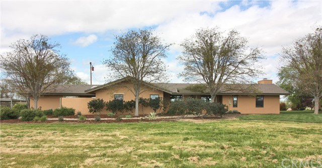 2680  Adobe Road, Paso Robles, California