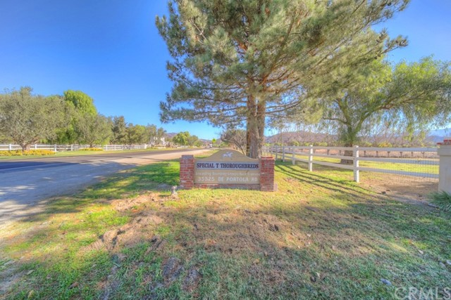 Photo of 35325 De Portola Road, Temecula, CA 92592