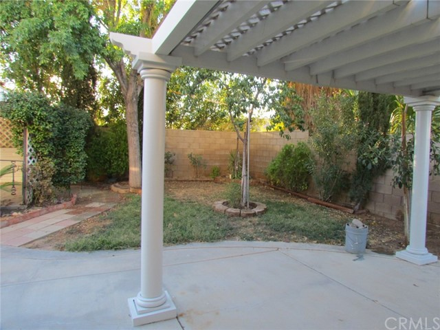 42205 57th W Street, Quartz Hill CA: http://media.crmls.org/medias/84df50be-d690-49fd-80a9-71156d650fe9.jpg