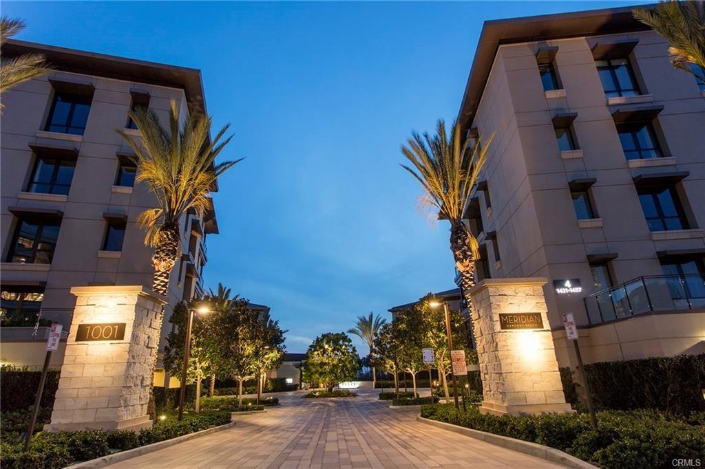 1319 Santa Barbara Drive, Newport Beach CA: http://media.crmls.org/medias/84e33ebd-a7f5-4ff0-bd16-c6f05e86a114.jpg