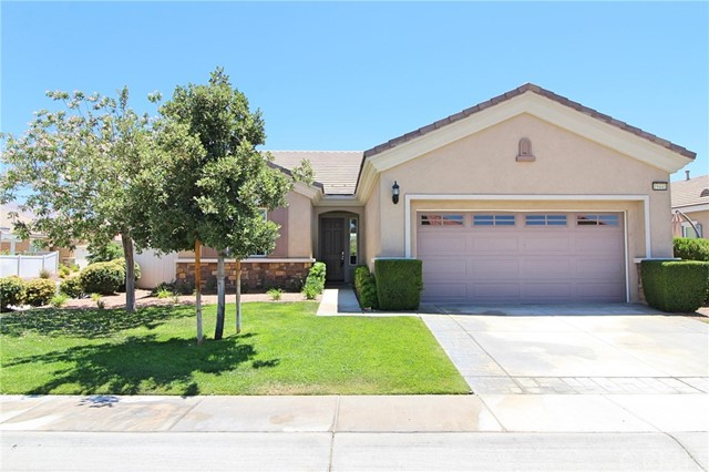 19441 Royal Oaks Road, Apple Valley CA: http://media.crmls.org/medias/84e57bba-0efc-4ec4-9da3-71affdd75f58.jpg