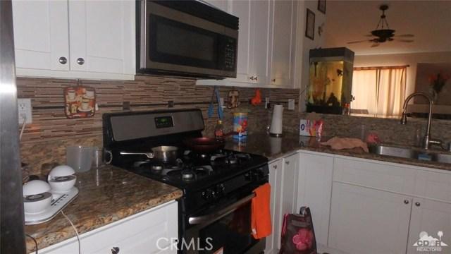 66029 Avenida Barona, Desert Hot Springs CA: http://media.crmls.org/medias/84ec2ba1-e717-445f-8b42-64c861ad1a5d.jpg