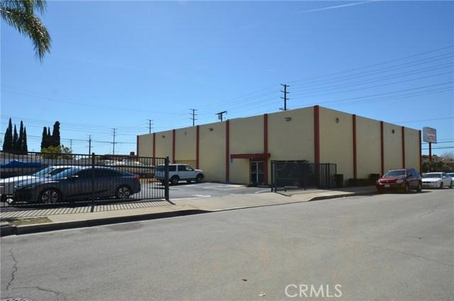 565 N Tustin Street, Orange CA: http://media.crmls.org/medias/85033321-c9a6-4585-b675-fb18097714e0.jpg