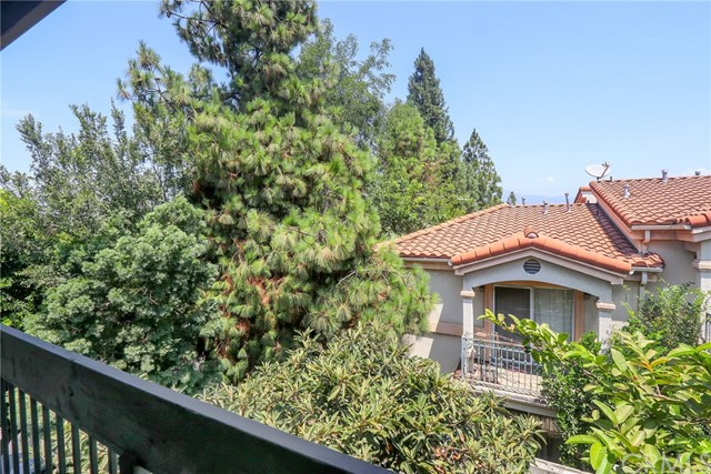 444 S Garfield Avenue, Monterey Park CA: http://media.crmls.org/medias/850909fc-ca8e-4649-ac4f-7adcf9ee8edf.jpg