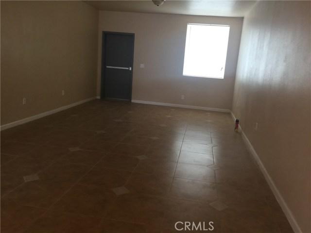 1605 N D Street, San Bernardino CA: http://media.crmls.org/medias/85142b14-0160-4e0e-abc0-de4beac7dc81.jpg