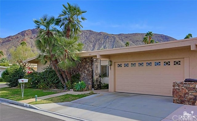 1565 Paseo Vida Palm Springs, CA 92264 is listed for sale as MLS Listing 216020742DA