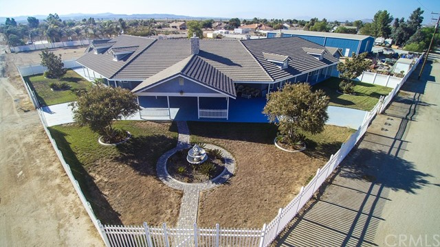 Single Family Home for Sale at 27732 Calle De Leon Romoland, California 92585 United States