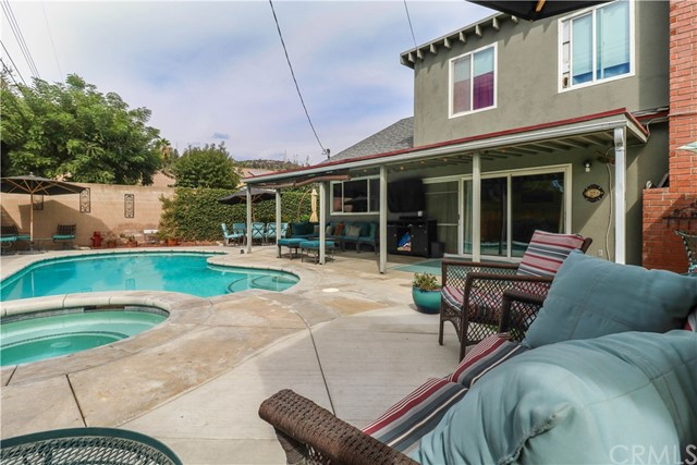 2325 W Silver Tree Road Claremont, CA 91711 is listed for sale as MLS Listing CV18238352