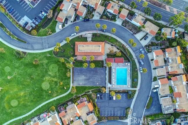 3805 Calle La Quinta, San Clemente CA: http://media.crmls.org/medias/8523e930-e40c-4a0d-bc89-5c821169f657.jpg