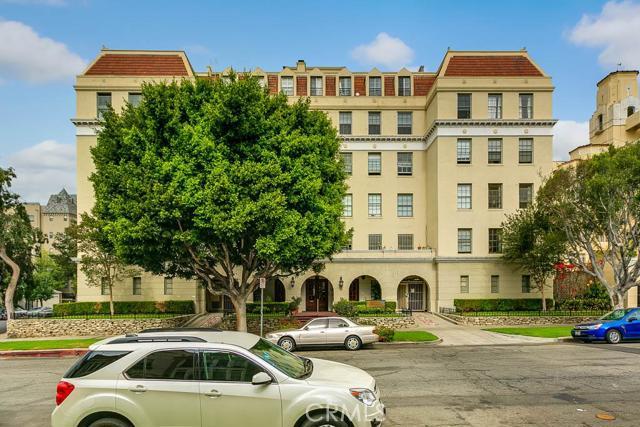 855 Serrano Avenue 21A, Los Angeles, CA 90005