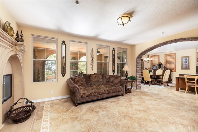 28 Salvatore, Ladera Ranch CA: http://media.crmls.org/medias/85291841-a3f2-4be6-9411-299d3415f0f3.jpg