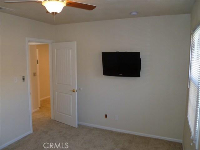 8366 La Villa St., Downey CA: http://media.crmls.org/medias/852bc5ff-c41b-478f-8451-61803e344f67.jpg
