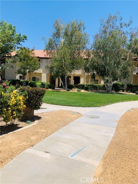 11591 Ash Street, Apple Valley CA: http://media.crmls.org/medias/85320a2d-85f1-484e-b0c1-656312f962a0.jpg