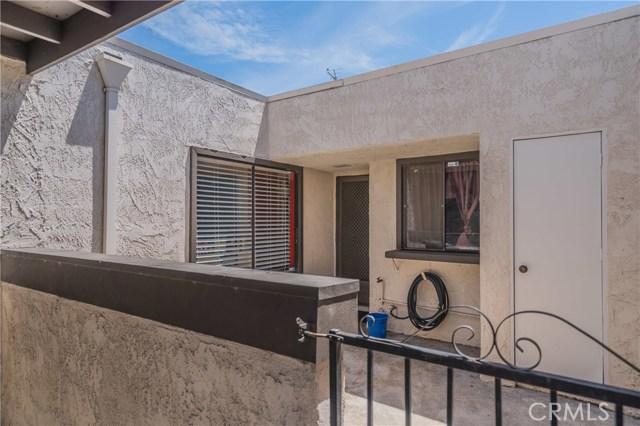 1699 S Heritage Cr, Anaheim, CA 92804 Photo 3