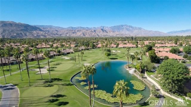 33 Conejo Circle, Palm Desert CA: http://media.crmls.org/medias/8539c642-4cb0-4c55-a7c4-492a56297413.jpg