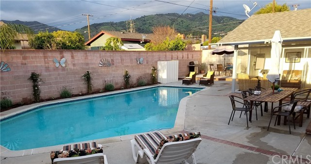 1235 E Mountain View Avenue Glendora, CA 91741 - MLS #: CV18068199