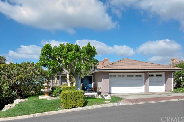 Single Family Home for Sale at 18801 Winnwood St North Tustin, California 92705 United States