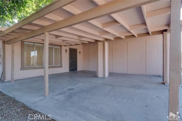66186 Santa Rosa Road, Desert Hot Springs CA: http://media.crmls.org/medias/854c997d-8deb-4501-8e46-5b05612bb29a.jpg
