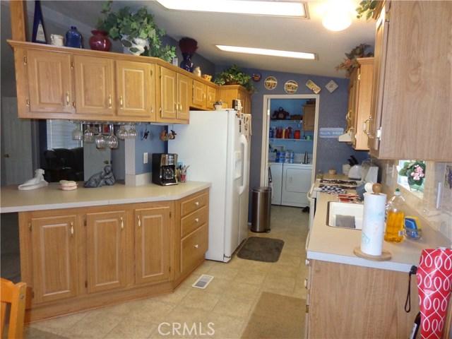 1251 E Lugonia Avenue, Redlands CA: http://media.crmls.org/medias/854c99e2-5240-48ab-a399-086fbabcb966.jpg