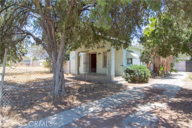 845 Preston Street, San Bernardino CA: http://media.crmls.org/medias/85512cac-da25-4213-a0ca-7184b7c4ede7.jpg