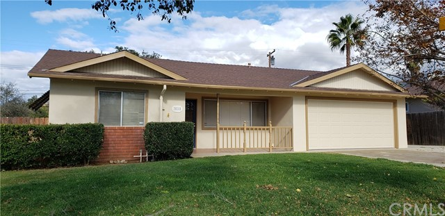 Photo of 35160 Bella Vista Drive, Yucaipa, CA 92399