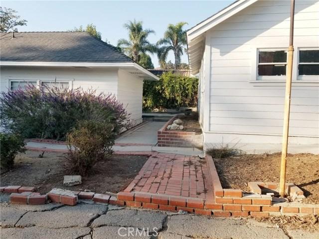 6024 Friends Avenue, Whittier CA: http://media.crmls.org/medias/85778346-0b68-43c4-b314-79837fe6fa9f.jpg