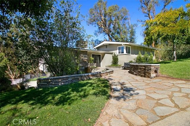Single Family Home for Sale at 10611 Ridgeway Drive North Tustin, California 92705 United States