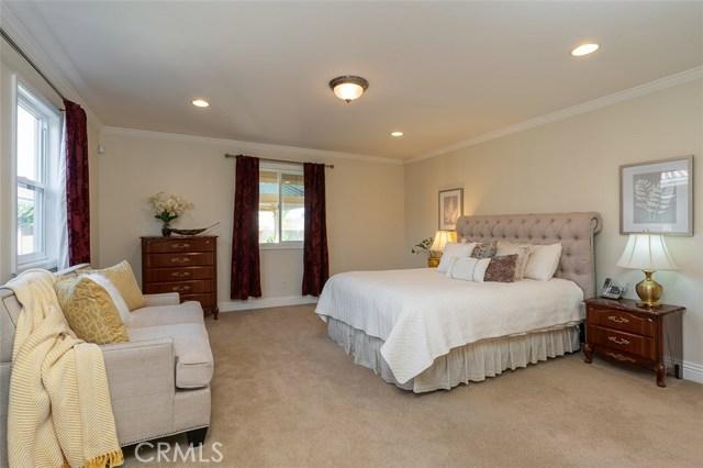 2700 Holly Avenue, Arcadia CA: http://media.crmls.org/medias/858ae022-d95e-4c65-80c7-281dc8efff39.jpg
