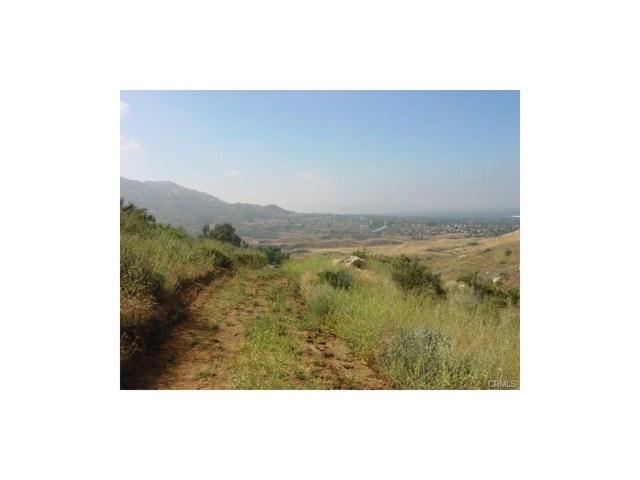 9325 JODEN RD, Moreno Valley CA: http://media.crmls.org/medias/858bc29c-1c9c-4226-b528-48f89330c765.jpg