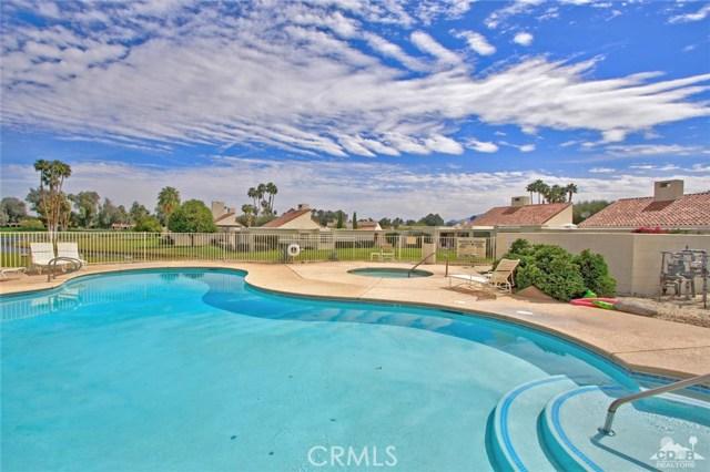 34868 Mission Hills Drive, Rancho Mirage CA: http://media.crmls.org/medias/858f6020-bcae-4d07-be7c-25559fc7b34f.jpg