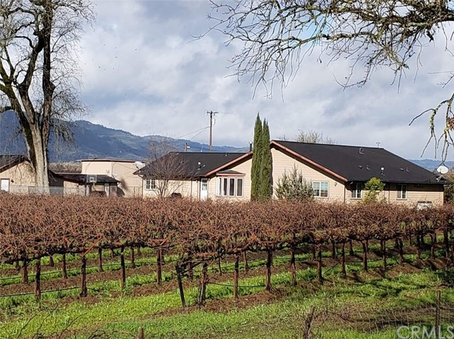 4610 Old River Rd, Ukiah, CA 95482 Photo