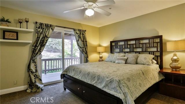 28674 Zion Drive Lake Arrowhead, CA 92352 - MLS #: EV18079428