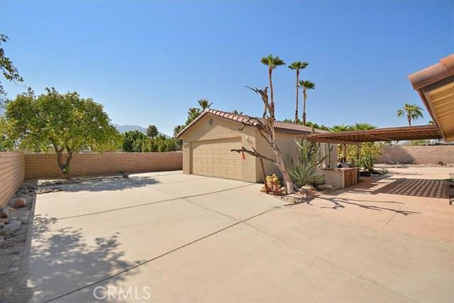 879 N Camino Condor, Palm Springs CA: http://media.crmls.org/medias/85ce6a65-bec5-4e17-a94e-a277561575ba.jpg