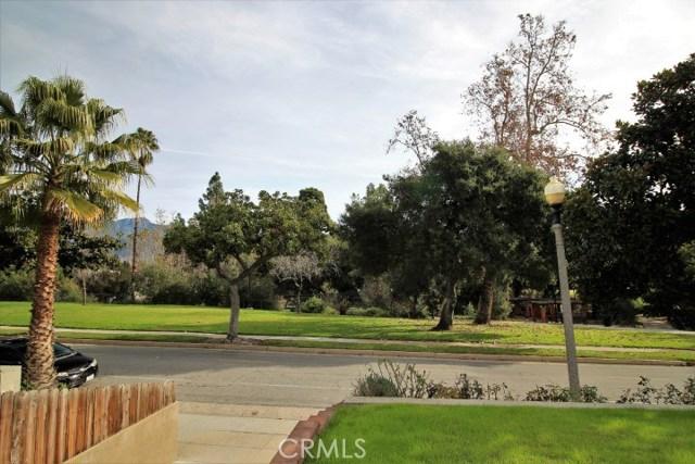 1287 El Molino N Avenue, Pasadena CA: http://media.crmls.org/medias/85d4e3a4-bfbc-4cec-b5ed-cfbe93ebcbd7.jpg