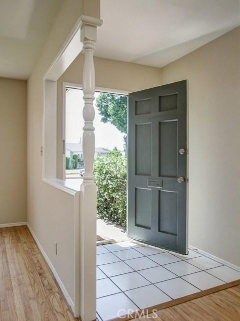 5658 Lenore Avenue, Arcadia CA: http://media.crmls.org/medias/85e58f90-eb0a-4207-b1c6-e5d52ec09f1f.jpg