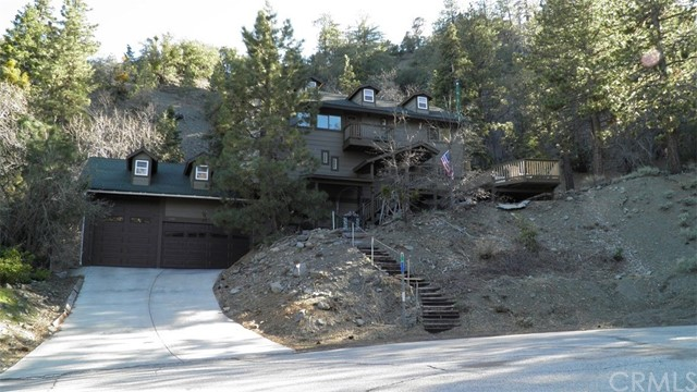 Single Family Home for Sale at 26602 Timberline Drive Wrightwood, California 92397 United States
