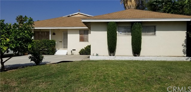 3536 Modesto Drive, San Bernardino CA: http://media.crmls.org/medias/85f6ffdc-ddf5-4896-8ecc-79b57f62918b.jpg